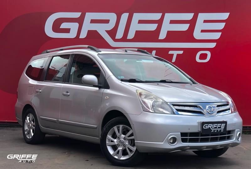 //www.autoline.com.br/carro/nissan/livina-18-sl-16v-flex-4p-automatico/2013/curitiba-pr/15885369