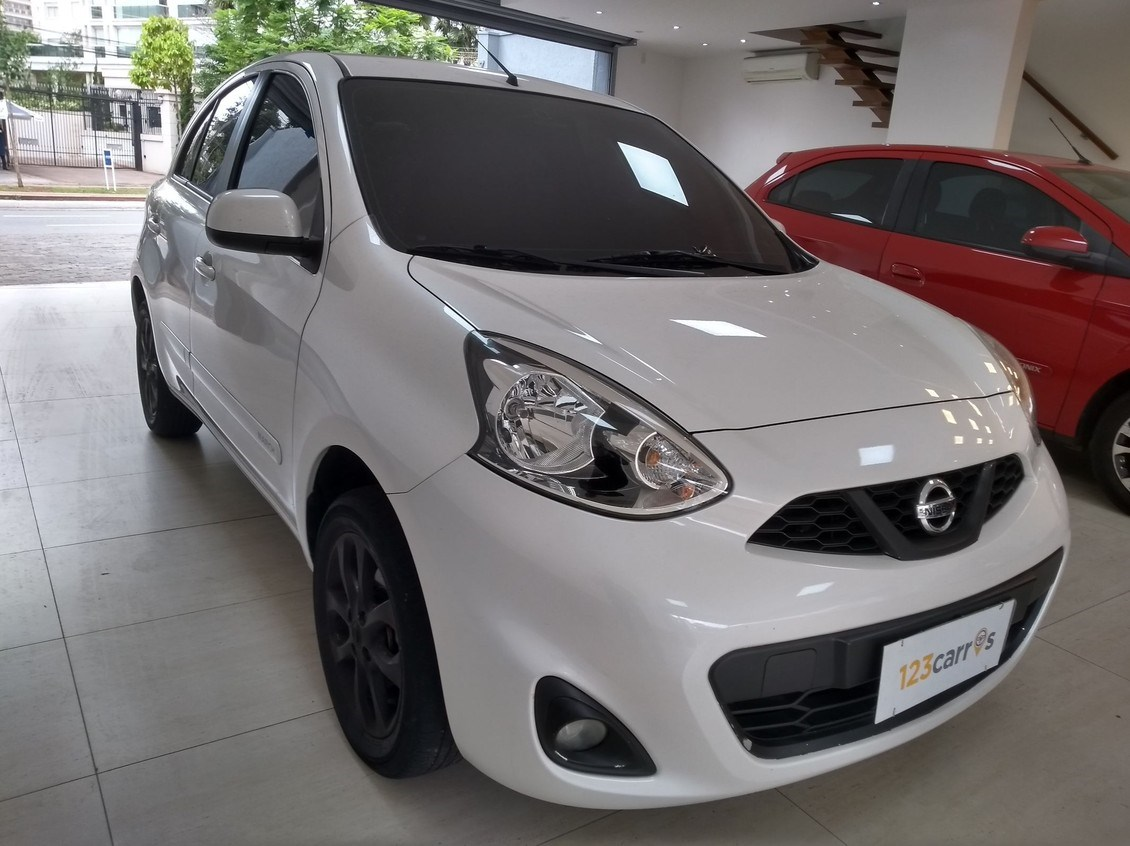 //www.autoline.com.br/carro/nissan/march-16-sv-16v-flex-4p-manual/2015/sao-paulo-sp/12708262