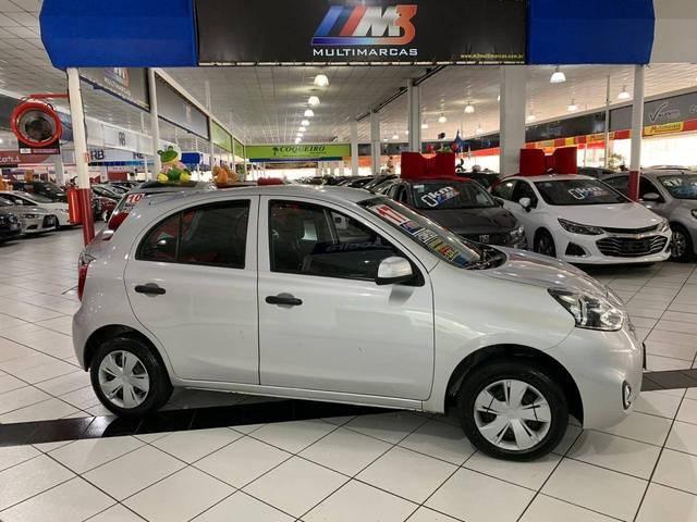 //www.autoline.com.br/carro/nissan/march-16-s-16v-flex-4p-manual/2017/sao-bernardo-do-campo-sp/12747307