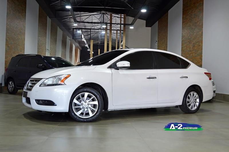 //www.autoline.com.br/carro/nissan/sentra-20-sv-16v-flex-4p-automatico/2014/campinas-sp/13129124