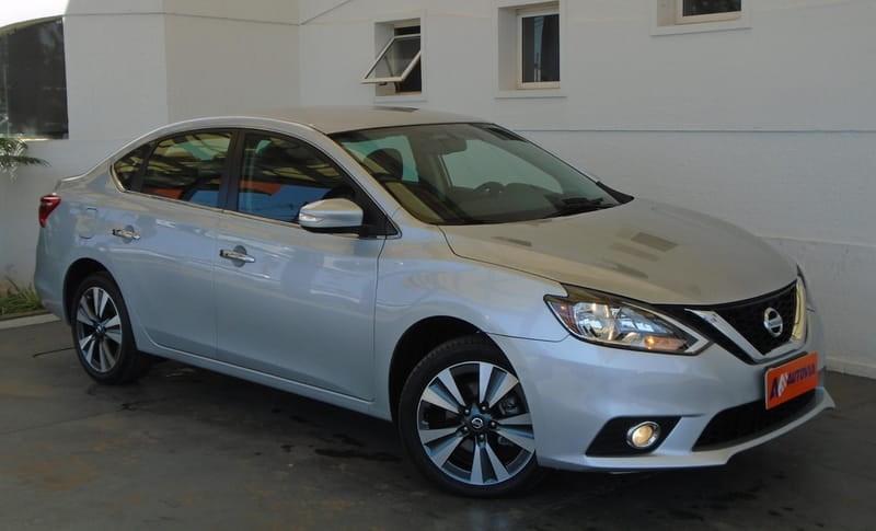//www.autoline.com.br/carro/nissan/sentra-20-sv-16v-flex-4p-automatico/2018/brasilia-df/13372661