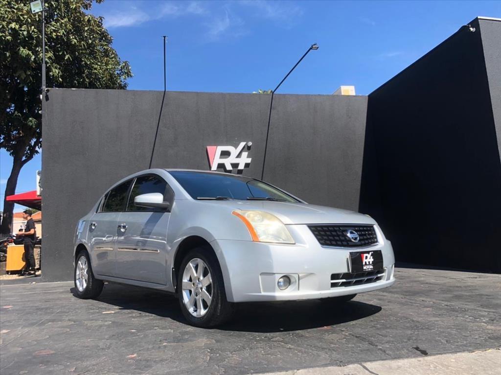 //www.autoline.com.br/carro/nissan/sentra-20-s-16v-gasolina-4p-manual/2008/campo-grande-ms/14776017