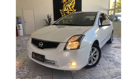 //www.autoline.com.br/carro/nissan/sentra-20-s-16v-flex-4p-automatico/2013/brasilia-df/9459668