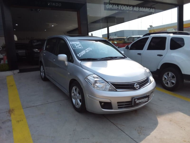 //www.autoline.com.br/carro/nissan/tiida-18-sl-16v-flex-4p-automatico/2012/mogi-das-cruzes-sp/12590977