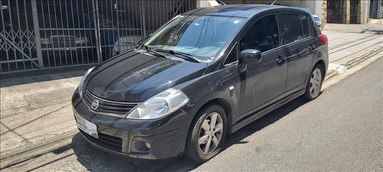 //www.autoline.com.br/carro/nissan/tiida-18-sl-16v-flex-4p-automatico/2012/sao-paulo-sp/13150637