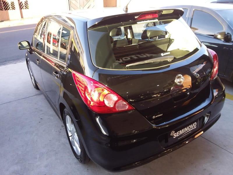 //www.autoline.com.br/carro/nissan/tiida-18-hatch-sl-16v-flex-4p-manual/2012/mogi-das-cruzes-sp/15330940