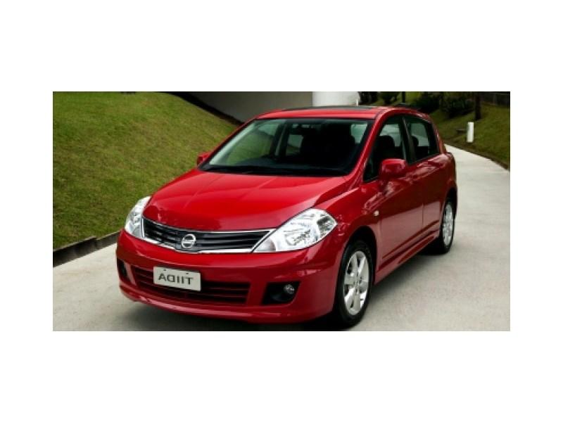 //www.autoline.com.br/carro/nissan/tiida-18-hatch-sl-16v-flex-4p-automatico/2013/rio-de-janeiro-rj/15770067
