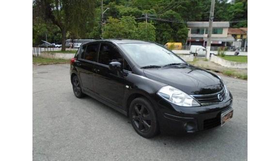 //www.autoline.com.br/carro/nissan/tiida-18-sl-16v-flex-4p-automatico/2011/sao-paulo-sp/7576789