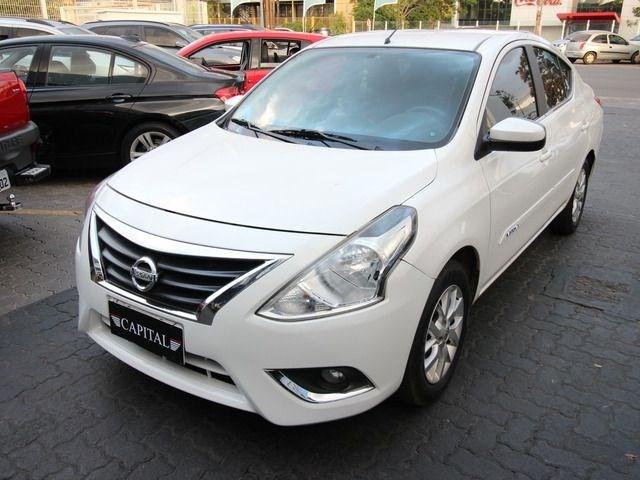 //www.autoline.com.br/carro/nissan/versa-16-sv-16v-flex-4p-automatico/2018/brasilia-df/11712303