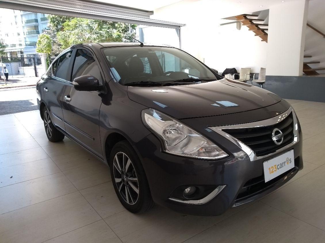 //www.autoline.com.br/carro/nissan/versa-16-sl-16v-flex-4p-automatico/2018/sao-paulo-sp/12236170