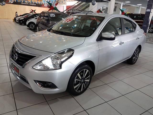 //www.autoline.com.br/carro/nissan/versa-16-sl-16v-flex-4p-automatico/2019/sao-paulo-sp/13055032