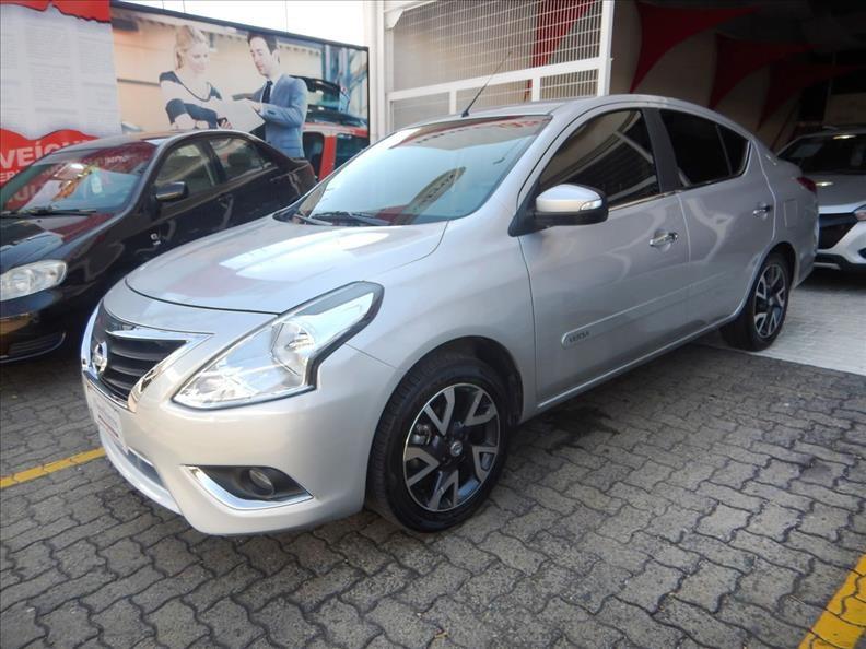 //www.autoline.com.br/carro/nissan/versa-16-sl-16v-flex-4p-automatico/2017/campinas-sp/13073118