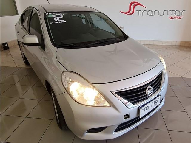 //www.autoline.com.br/carro/nissan/versa-16-sv-16v-flex-4p-manual/2012/rio-de-janeiro-rj/13563378