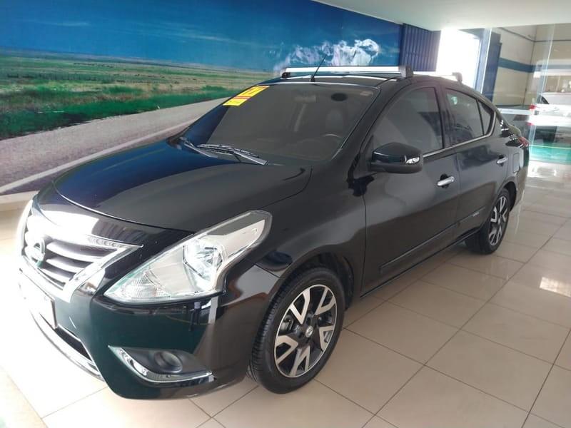 //www.autoline.com.br/carro/nissan/versa-16-unique-16v-flex-4p-automatico/2017/brasilia-df/13588700