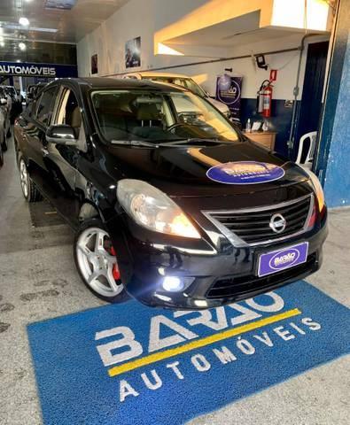 //www.autoline.com.br/carro/nissan/versa-16-sl-16v-flex-4p-manual/2014/aracaju-se/14476467