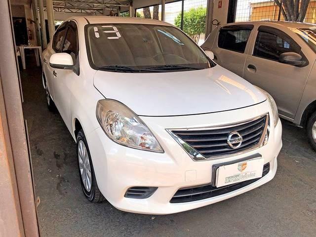 //www.autoline.com.br/carro/nissan/versa-16-sv-16v-flex-4p-manual/2013/ribeirao-preto-sp/14565500