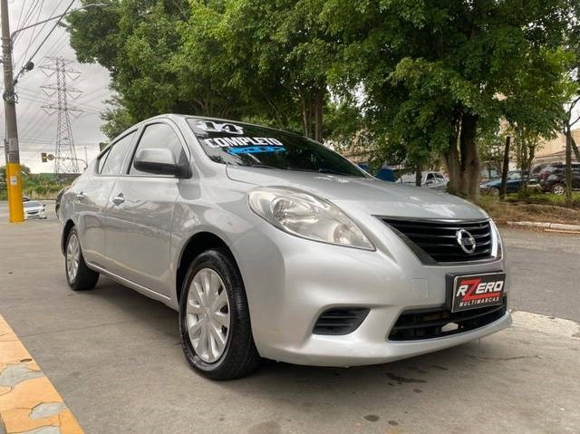 //www.autoline.com.br/carro/nissan/versa-16-sv-16v-flex-4p-manual/2014/sao-paulo-sp/14569640