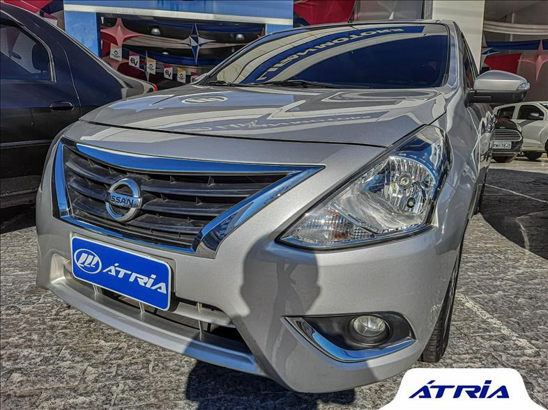 //www.autoline.com.br/carro/nissan/versa-16-sl-16v-flex-4p-cvt/2019/campinas-sp/14780830