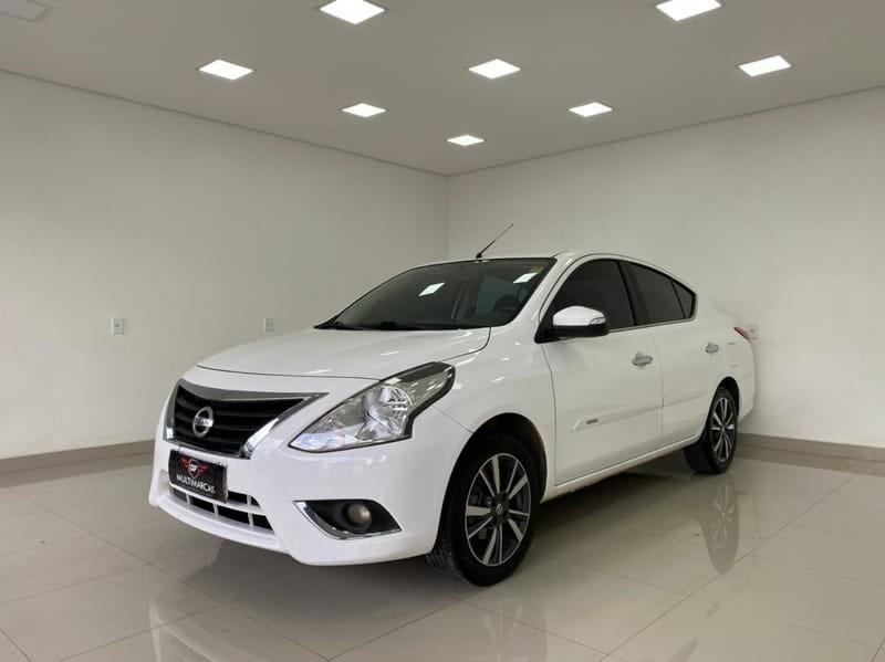 //www.autoline.com.br/carro/nissan/versa-16-sl-16v-flex-4p-cvt/2020/brasilia-df/14847402