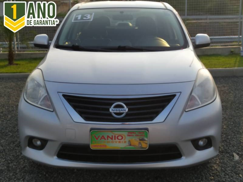 //www.autoline.com.br/carro/nissan/versa-16-sl-16v-flex-4p-manual/2013/criciuma-sc/14858653