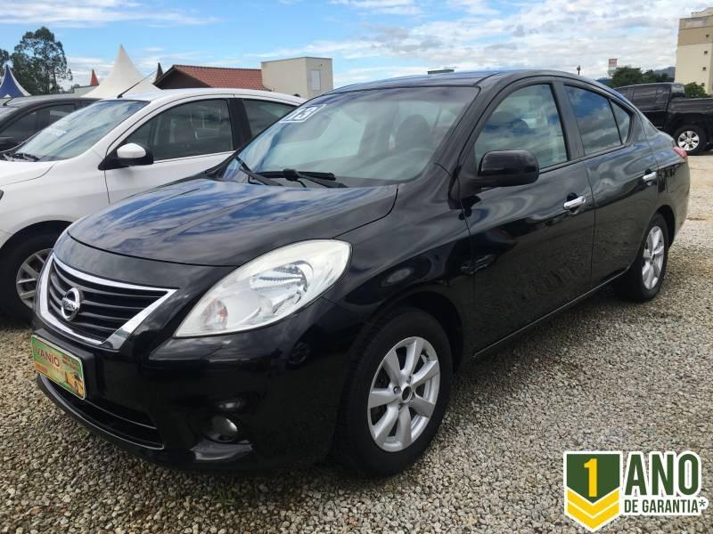 //www.autoline.com.br/carro/nissan/versa-16-sl-16v-flex-4p-manual/2013/criciuma-sc/14916447