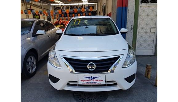 //www.autoline.com.br/carro/nissan/versa-16-sv-16v-flex-4p-automatico/2017/mesquita-rj/7015751