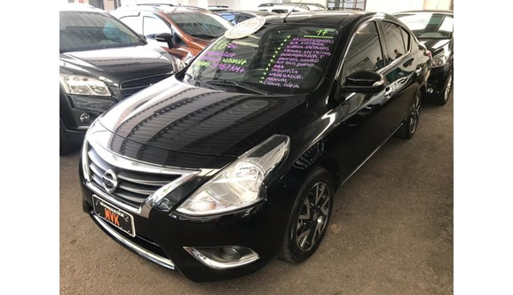 //www.autoline.com.br/carro/nissan/versa-16-sl-16v-flex-4p-automatico/2017/curitiba-pr/7071050