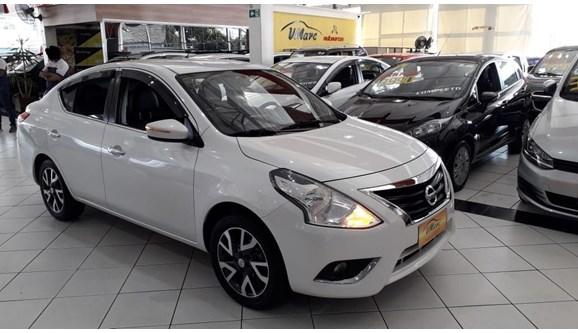 //www.autoline.com.br/carro/nissan/versa-16-unique-16v-flex-4p-manual/2016/sao-paulo-sp/8143102