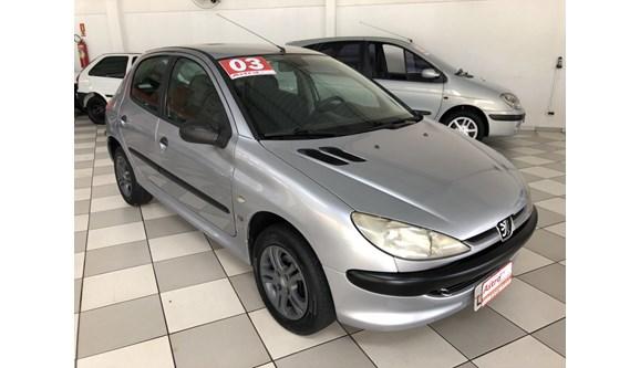 //www.autoline.com.br/carro/peugeot/206-16-selection-pack-16v-gasolina-4p-manual/2003/cascavel-pr/7507377