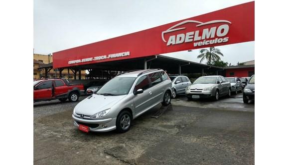//www.autoline.com.br/carro/peugeot/206-sw-16-feline-16v-flex-4p-manual/2005/joinville-sc/6573958
