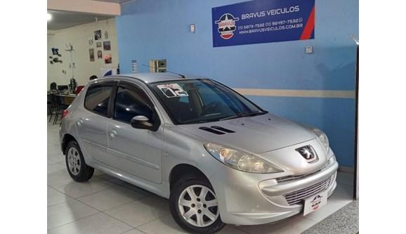 //www.autoline.com.br/carro/peugeot/207-14-xr-8v-flex-4p-manual/2012/sao-paulo-sp/12643877