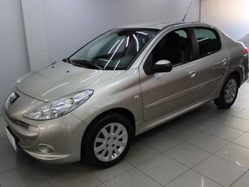 //www.autoline.com.br/carro/peugeot/207-sedan-16-xs-16v-flex-4p-automatico/2009/cascavel-pr/11709081