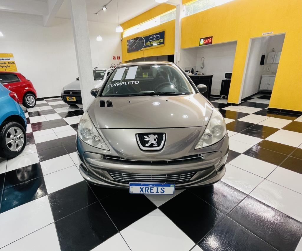//www.autoline.com.br/carro/peugeot/207-sedan-16-xs-16v-flex-4p-manual/2011/mogi-das-cruzes-sp/13988726