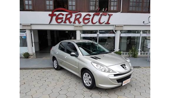 //www.autoline.com.br/carro/peugeot/207-sedan-14-active-8v-flex-4p-manual/2014/guaramirim-sc/6395136