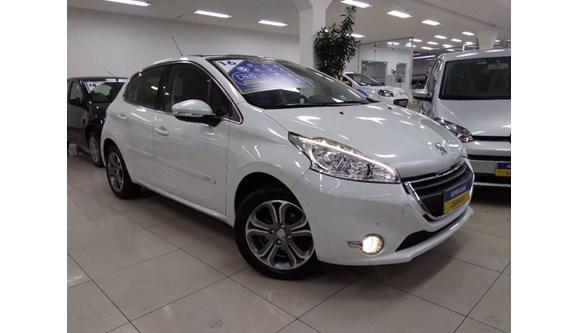 //www.autoline.com.br/carro/peugeot/208-16-allure-16v-flex-4p-automatico/2017/sao-bernardo-do-campo-sp/7004423