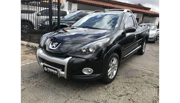 //www.autoline.com.br/carro/peugeot/hoggar-16-escapade-16v-flex-2p-manual/2011/campo-grande-ms/7020997