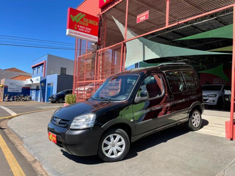 //www.autoline.com.br/carro/peugeot/partner-16-escapade-16v-t-4p-manual/2011/londrina-pr/15260285