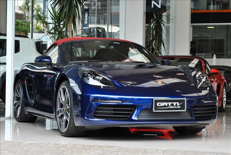 //www.autoline.com.br/carro/porsche/718-boxster-20-16v-gasolina-2p-turbo-pdk/2020/osasco-sp/14583395