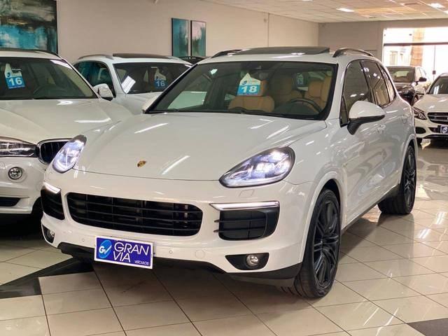 //www.autoline.com.br/carro/porsche/cayenne-36-s-24v-gasolina-4p-automatico-4x4-turbo/2018/maringa-pr/12708066