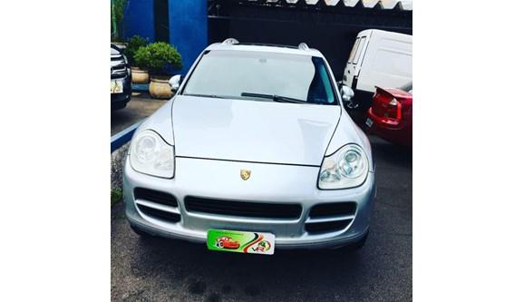 //www.autoline.com.br/carro/porsche/cayenne-32-4x4-v-6-250cv-4p-gasolina-tiptronic/2006/sao-paulo-sp/7067376