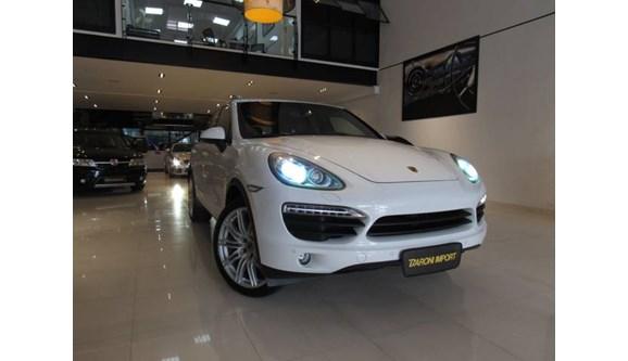//www.autoline.com.br/carro/porsche/cayenne-48-turbo-s-4x4-v-8-500cv-4p-gasolina-tiptroni/2013/sao-paulo-sp/8164919