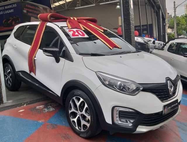 //www.autoline.com.br/carro/renault/captur-16-intense-16v-flex-4p-automatico/2020/sao-paulo-sp/12766352