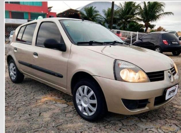 //www.autoline.com.br/carro/renault/clio-10-hatch-expression-16v-flex-4p-manual/2013/natal-rn/11857258