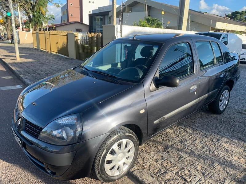 //www.autoline.com.br/carro/renault/clio-16-sedan-expression-16v-flex-4p-manual/2005/curitiba-pr/14820540