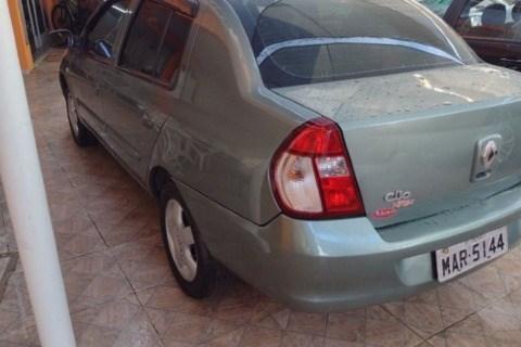 //www.autoline.com.br/carro/renault/clio-16-sedan-privilege-16v-flex-4p-manual/2006/jacarei-sp/14982201