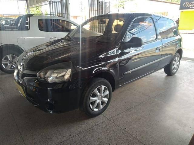 //www.autoline.com.br/carro/renault/clio-10-hatch-authentique-16v-flex-2p-manual/2014/teresina-pi/15166101