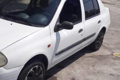//www.autoline.com.br/carro/renault/clio-10-hatch-rl-16v-gasolina-4p-manual/2003/sao-paulo-sp/15575459