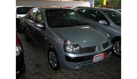 //www.autoline.com.br/carro/renault/clio-10-expression-16v-sedan-gasolina-4p-manual/2006/florianopolis-sc/5504010