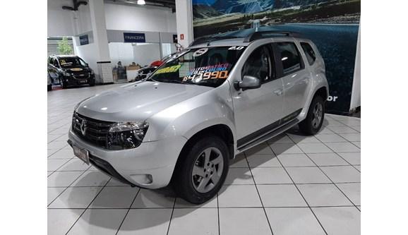 //www.autoline.com.br/carro/renault/duster-20-dynamique-16v-flex-4p-automatico/2015/sao-paulo-sp/11388775