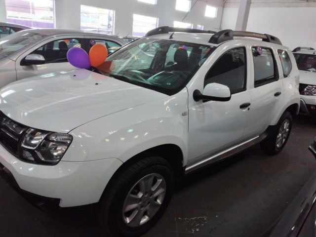//www.autoline.com.br/carro/renault/duster-16-expression-16v-flex-4p-automatico/2020/sao-paulo-sp/12292529